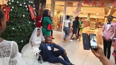 Photo of Look! Couple Got Married At The Mall And Ate Launch At Hungry Lion